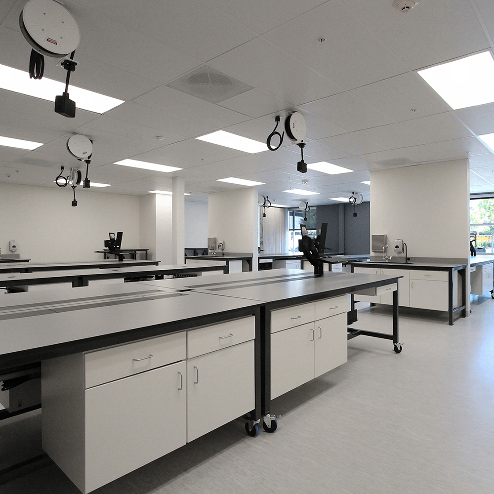 Phenolic resin countertops for laboratory